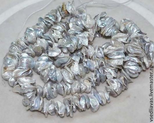 6Жемчуг цвета серебра с переливами,перелив от светло-серебристого к черненному серебру.\r\nКрупный 10-13 мм - 100р. - 10 штук