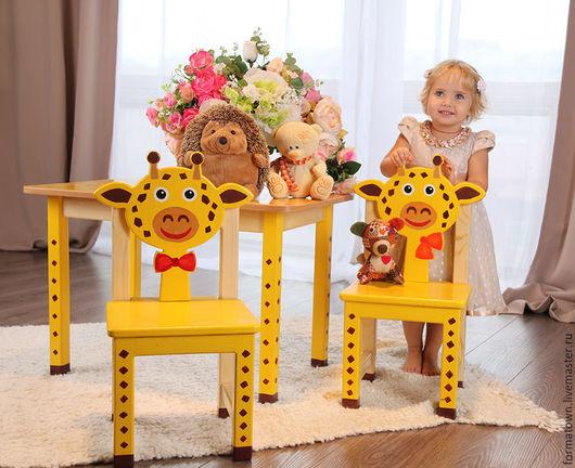 Детская ручной работы. Ярмарка Мастеров - ручная работа. Купить Детский стол и 2 стульчика Жираф. Handmade. Желтый
