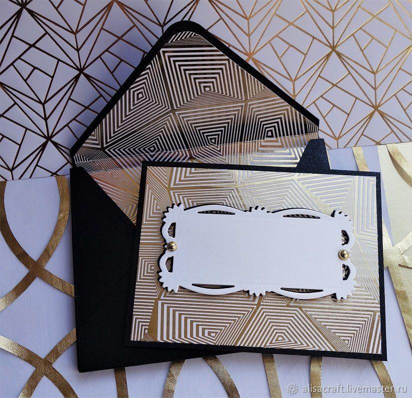 Белая бумага с золотым фольгированием `Графический узор`. На фото - пример заготовок с использованием бумаги `Графический узор`
