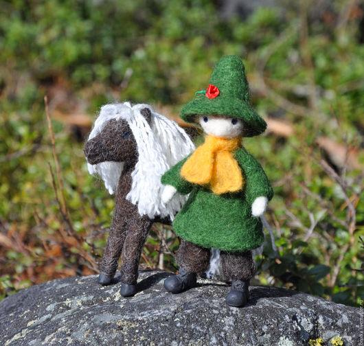 Коллекционные куклы ручной работы. Ярмарка Мастеров - ручная работа. Купить Кукла. Кукла интерьерная Снусмумрик с лошадкой. Handmade. Зеленый