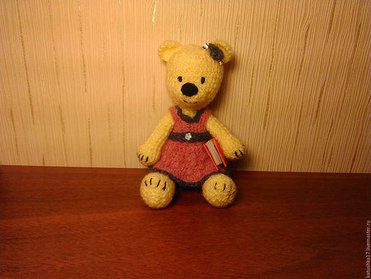 """Миниатюра ручной работы. Ярмарка Мастеров - ручная работа. Купить вязаный медвежонок """"модница"""". Handmade. Лимонный, игрушка, амигуруми, для детей"""