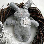 Мягкие игрушки ручной работы. Ярмарка Мастеров - ручная работа Зайка - игрушка из фетра. Handmade.