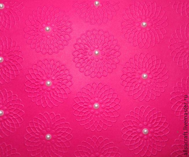 Ярко-розовый цвет
