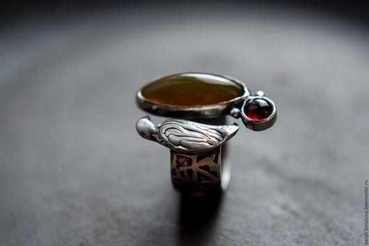 """Кольца ручной работы. Ярмарка Мастеров - ручная работа. Купить Кольцо серебро """"Птичка"""". Handmade. Коричневый, кольцо серебро купить"""