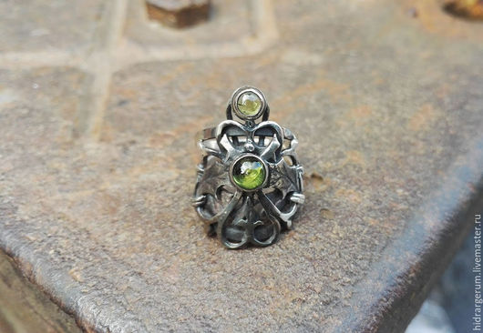 Кольца ручной работы. Ярмарка Мастеров - ручная работа. Купить Кольцо Врата Леса. Handmade. Зеленый, волшебство, серебро 700