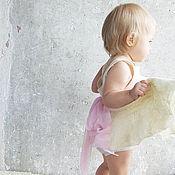 Работы для детей, ручной работы. Ярмарка Мастеров - ручная работа Детское войлочное платье. Бело-розовое.. Handmade.