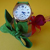 Украшения ручной работы. Ярмарка Мастеров - ручная работа Часы на замшевой ленте. Handmade.