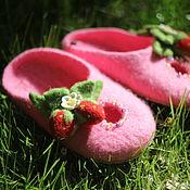 Обувь ручной работы. Ярмарка Мастеров - ручная работа КЛУБНИЧКА  тапочки детские. Handmade.