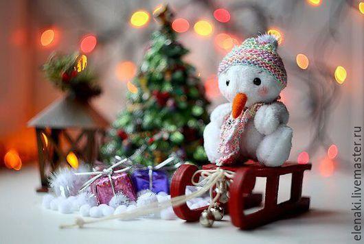 Человечки ручной работы. Ярмарка Мастеров - ручная работа. Купить Тедди-Снеговичок. Handmade. Снеговик, снеговики, подарок, новогодний подарок