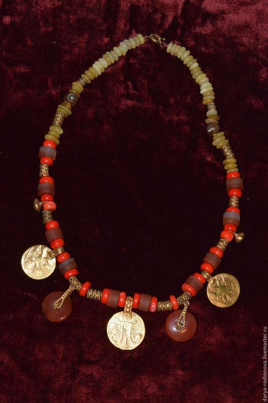 Колье, бусы ручной работы. Ярмарка Мастеров - ручная работа. Купить Бохо - бусы из натуральных камней и антикварных монет. Handmade.