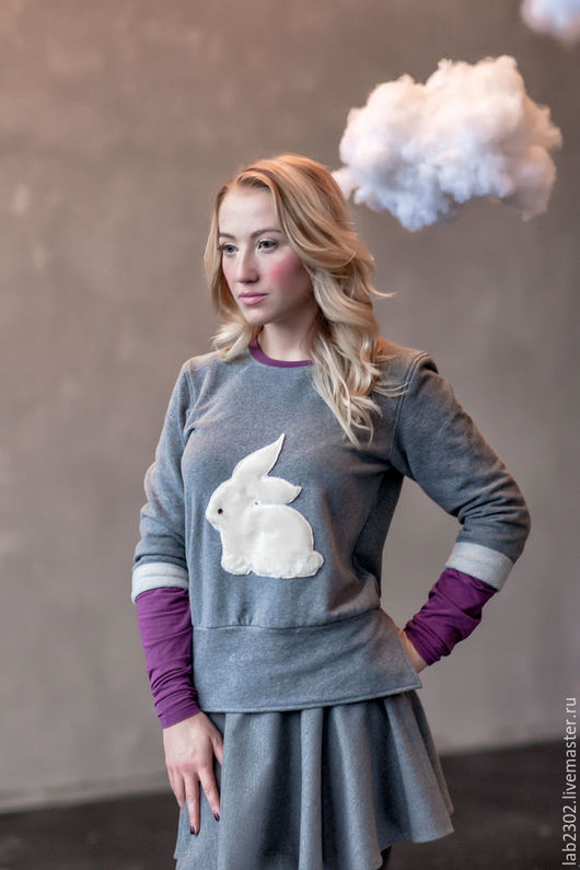 Кофты и свитера ручной работы. Ярмарка Мастеров - ручная работа. Купить Свитшот с кроликом. Handmade. Комбинированный, свитер женский