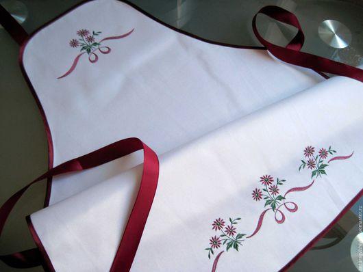 Фартук для кухни, фартук с вышивкой, подарок на день рождения, подарок на 8 Марта, Подарок на Новый год