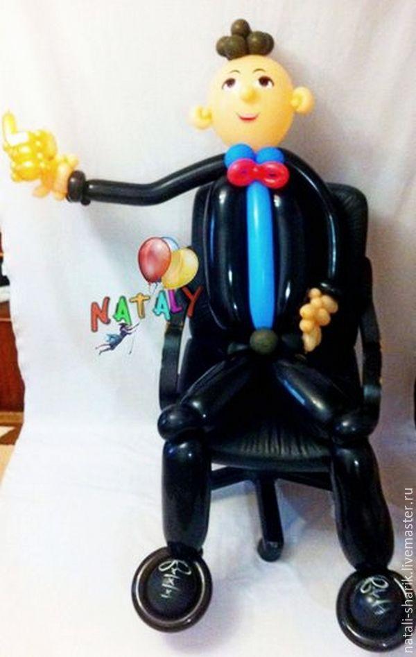 Персональные подарки ручной работы. Ярмарка Мастеров - ручная работа. Купить Бизнесмен (Босс) из воздушных шаров с золотым мобильным телефоном. Handmade.