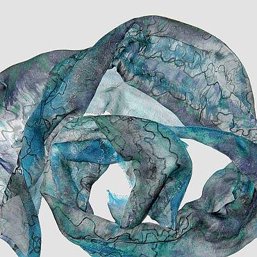 """Аксессуары ручной работы. Ярмарка Мастеров - ручная работа """"Шелковый вечер"""" легкий шелковый шарфик с ручной росписью батик. Handmade."""