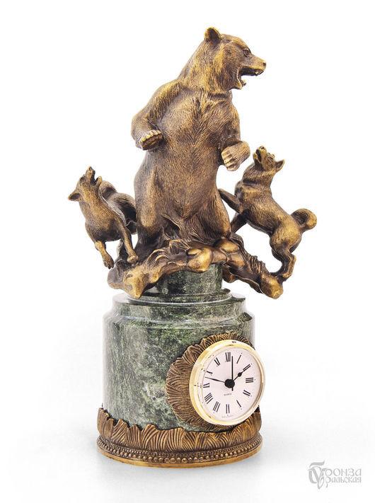 Часы для дома ручной работы. Ярмарка Мастеров - ручная работа. Купить Охота на медведя. Handmade. Охота, часы, скульптура из бронзы