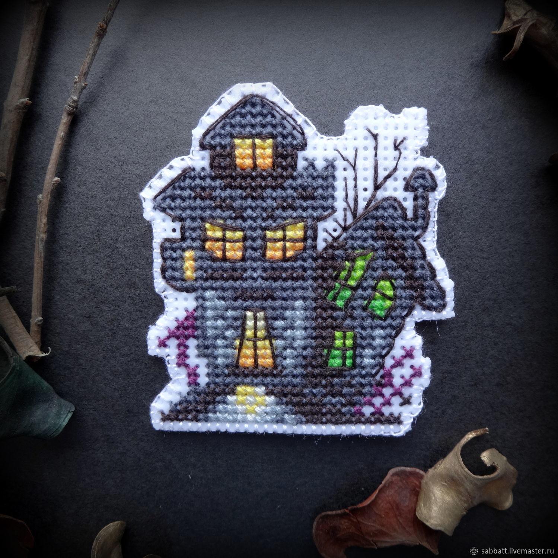 """Вышитый магнит на Хеллоуин """"Замок"""", Магниты, Верхнее Дуброво, Фото №1"""