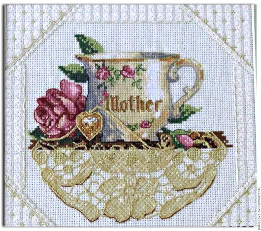 Натюрморт ручной работы. Ярмарка Мастеров - ручная работа. Купить Вышитая картина Чашка для мамы. Handmade. Бежевый, вышивка на заказ