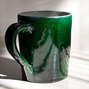 Посуда ручной работы. Ярмарка Мастеров - ручная работа Зеленая керамическая кружка. Handmade.