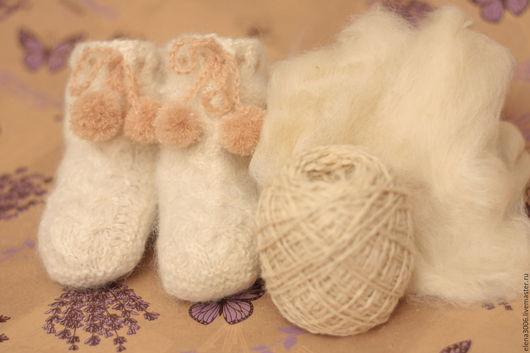 Для новорожденных, ручной работы. Ярмарка Мастеров - ручная работа. Купить пинетки - ботиночки из шерсти альпаки. Handmade. Белый, пинетки
