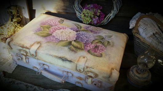 """Чемоданы ручной работы. Ярмарка Мастеров - ручная работа. Купить """"Гортензия цветет..."""" Чемоданчик.. Handmade. Чемодан, кожзаменитель"""