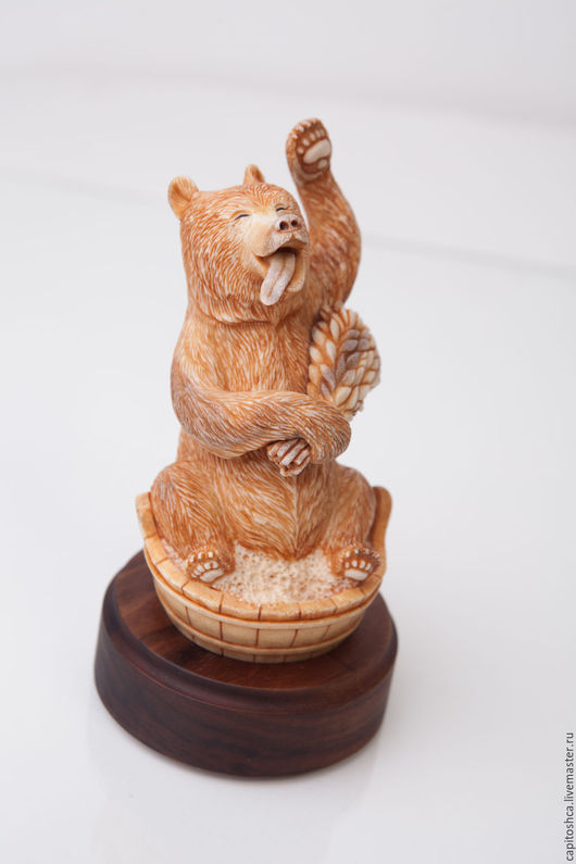 Статуэтки ручной работы. Ярмарка Мастеров - ручная работа. Купить Медведь в бане. Handmade. Коричневый, мишка, интерьер, рог лося