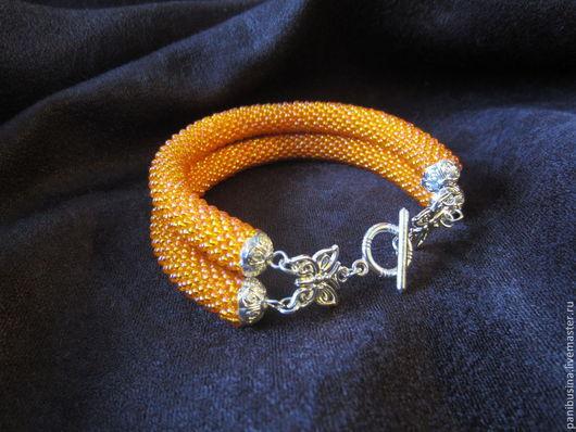 """Браслеты ручной работы. Ярмарка Мастеров - ручная работа. Купить Браслет """"Апельсиновое настроение"""". Handmade. Оранжевый, жгут вязанный из бисера"""