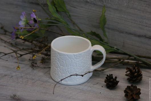 Кружка керамическая Белое кружево шебби. Авторская керамика Ксении Гольд.