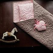 Сувениры и подарки handmade. Livemaster - original item Gifts for newborns: a quilt. Handmade.