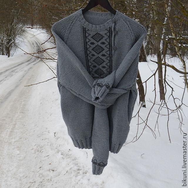 Мужской вязаный свитер косоворотка с ручной вышивкой ...