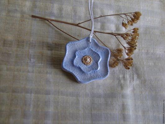 Кулоны, подвески ручной работы. Ярмарка Мастеров - ручная работа. Купить Кулон Весенне небо керамика. Handmade. Голубой