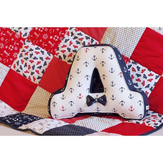 Интерьерные слова ручной работы. Ярмарка Мастеров - ручная работа. Купить Комплект из лоскутного демисезонного одеяла и буквы-подушки. Handmade.
