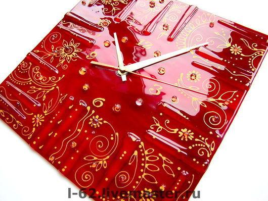Часы для дома ручной работы. Ярмарка Мастеров - ручная работа. Купить часы из стекла, фьюзинг  Золотая графика. Handmade. Стекло