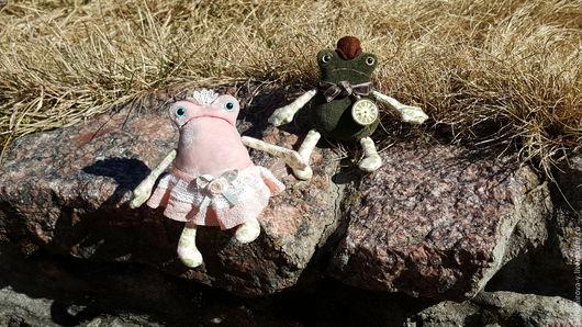 Игрушки животные, ручной работы. Ярмарка Мастеров - ручная работа. Купить Лягушки Карл и Клара - милая пара. Handmade. Комбинированный