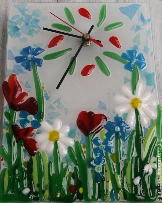 Настенные часы ручной работы. часы из стекла Полевые цветы. Фьюзинг. Ольга Рудь. Ярмарка Мастеров.