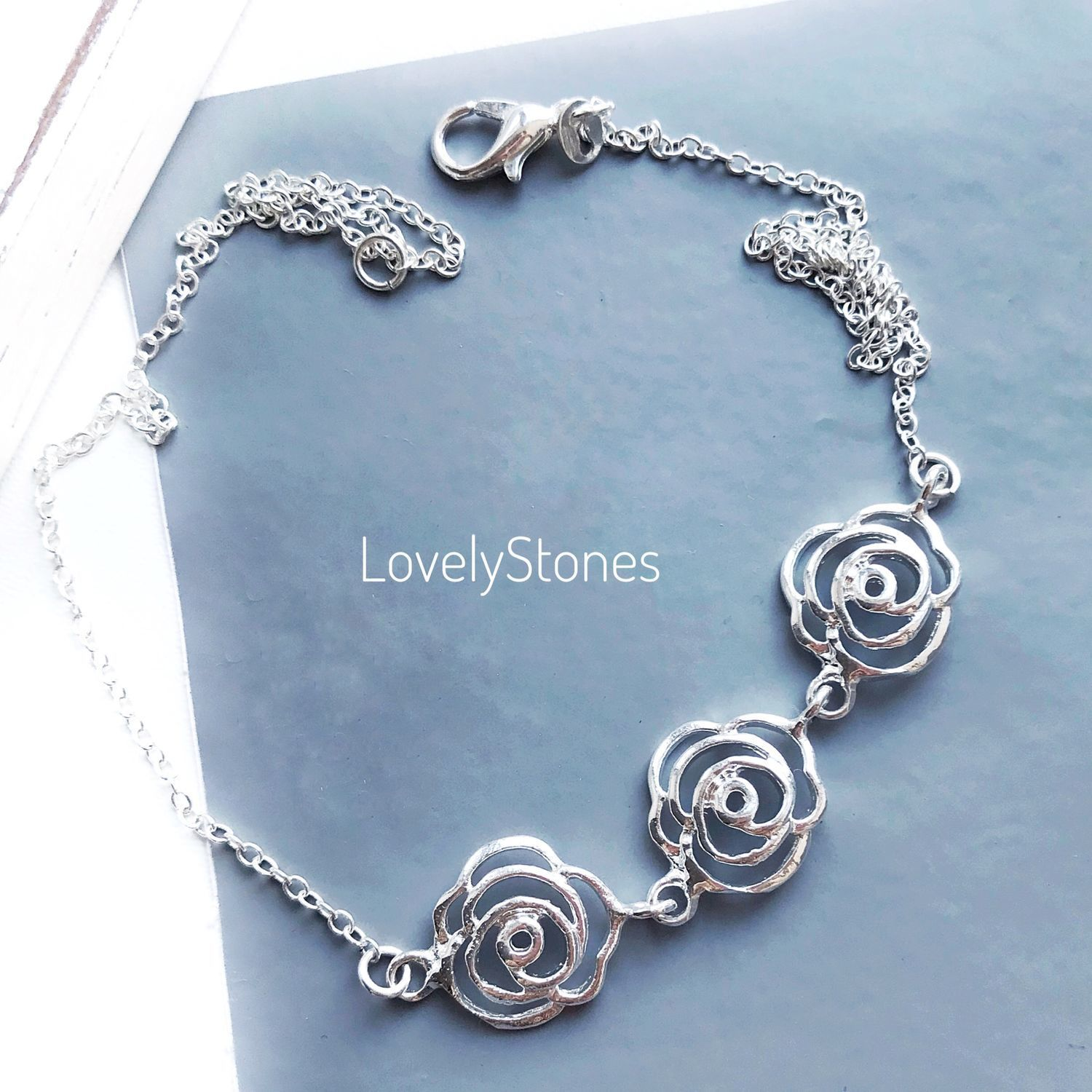 Rosa's on a thin delicate chain and a beautiful delicate, Chain bracelet, Yaroslavl,  Фото №1