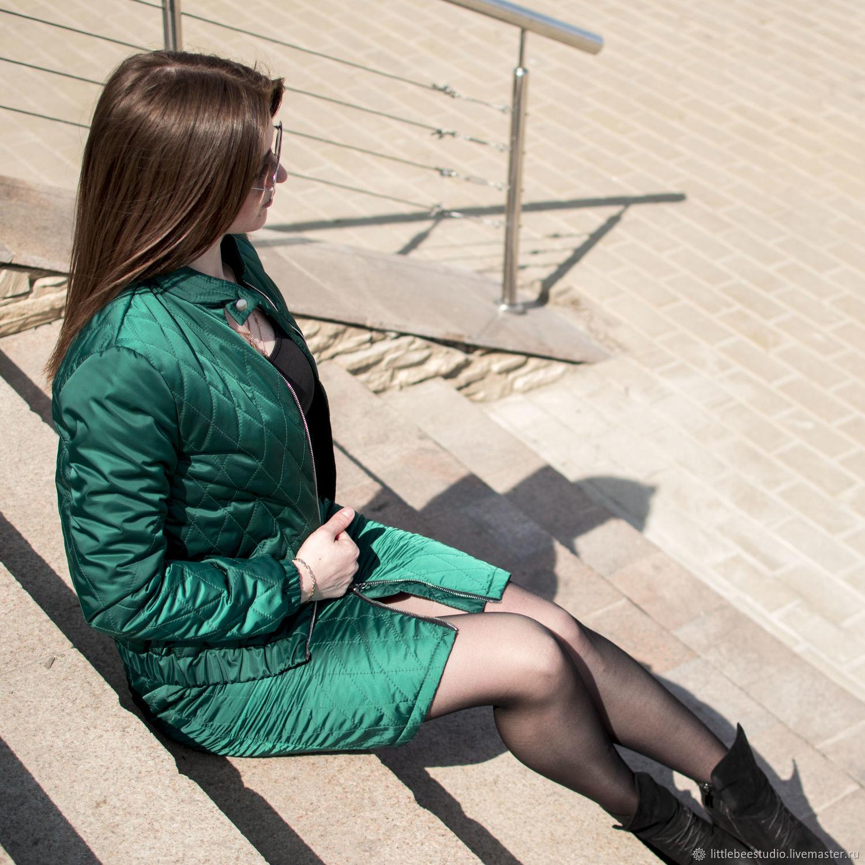 Стеганый костюм изумрудного цвета, Костюмы, Пенза, Фото №1