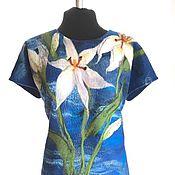 Одежда ручной работы. Ярмарка Мастеров - ручная работа Лилии на синем платье валяное, трикотажное. Handmade.