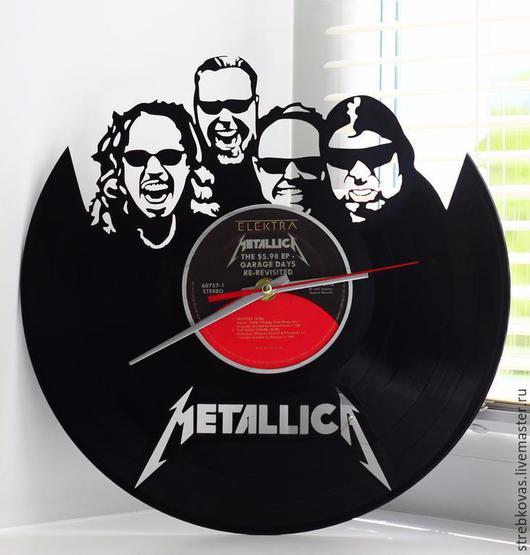 Персональные подарки ручной работы. Ярмарка Мастеров - ручная работа. Купить Оригинальный подарок.Настенные часы Metallica, сделанные из пластинки. Handmade.
