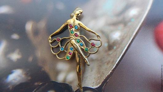 Брошь винтажная `Балерина`. Потрясающее изделие  50-х годов.