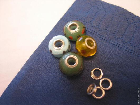 Серебряные вставки  придают Вашим бусинам законченный фирменный вид , отверстие 4,7 мм.,проба 925 стоит. На фото представлены мои бусины с такими вставками.