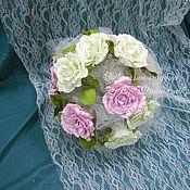 Свадебный букет невесты. Розы. Пионы. Ромашки