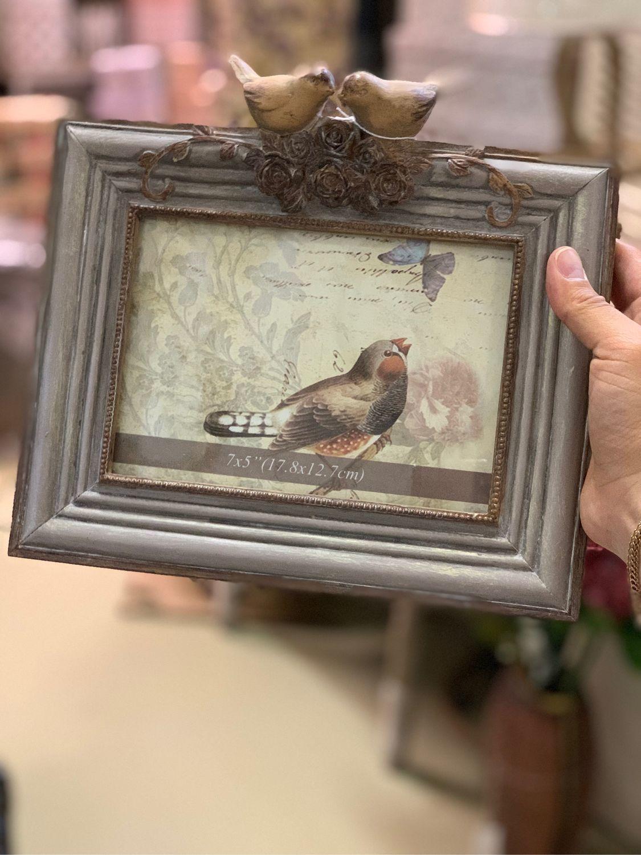 давно фоторамка с птицами может, кто-то сверху