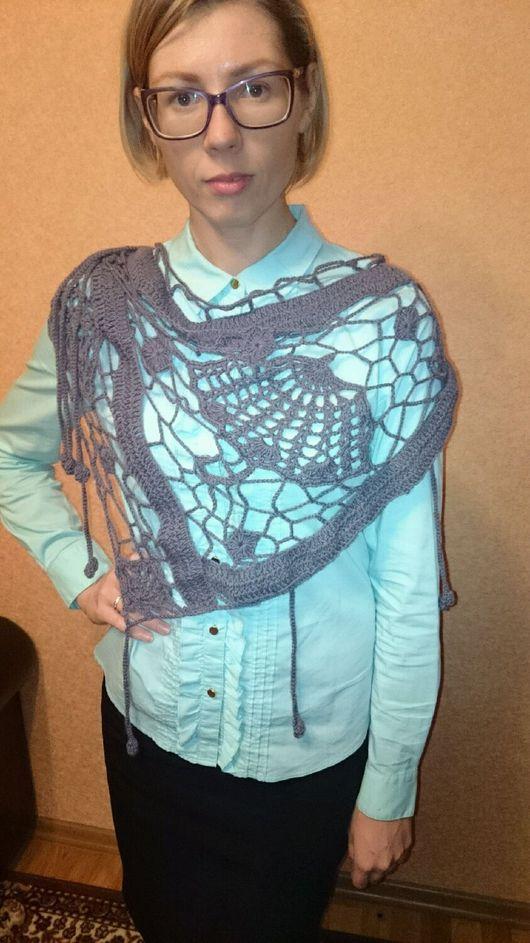 """Шали, палантины ручной работы. Ярмарка Мастеров - ручная работа. Купить Вязаный платок """"Зонтики"""". Handmade. Платок вязаный"""
