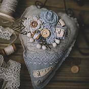 """Украшения ручной работы. Ярмарка Мастеров - ручная работа Брошь и сердце """"Рукодельные чувства"""". Handmade."""
