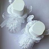 Работы для детей, ручной работы. Ярмарка Мастеров - ручная работа Пинетки с крылышкам, пинетки на крещение, для фотосессии, белые. Handmade.