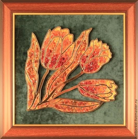 Панно с тюльпанами - прекрасный подарок любой женщине на 8 марта, на день рождения! Букет тюльпанов расскажет о ваших чувствах  к любимой девушке; станет приятным подарком маме или подруге
