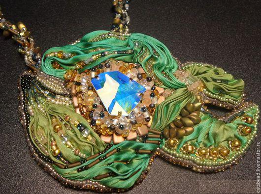 """Колье, бусы ручной работы. Ярмарка Мастеров - ручная работа. Купить Колье - брошь """"Deep Sea Mermaid"""". Handmade. Зеленый"""