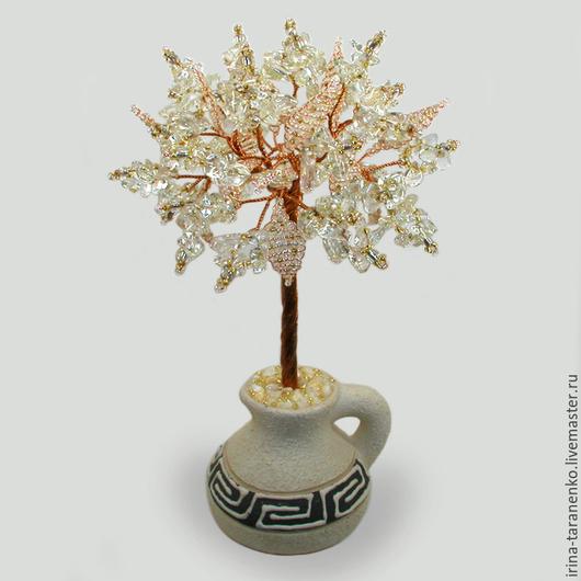 Дерево из горного хрусталя `Гелиос` в вазочке из белой глины