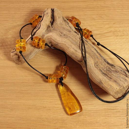 Кулоны, подвески ручной работы. Ярмарка Мастеров - ручная работа. Купить Подвеска №107715 с натуральным янтарем. Handmade. Комбинированный, подвеска