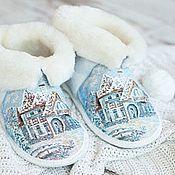 """Обувь ручной работы. Ярмарка Мастеров - ручная работа Чуни тапочки из овчины """"Зимний домик"""". Handmade."""